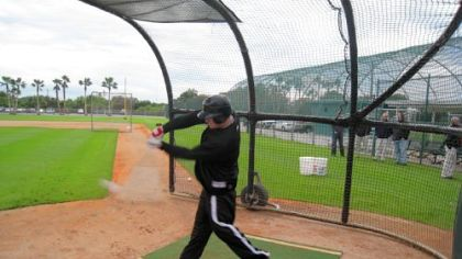 Pirates outfielder Brandon Moss takes his first batting practice since October knee surgery yesterday in Bradenton, Fla.