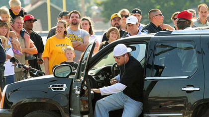 Ben Roethlisberger arrives at Ambridge Area High School stadium yesterday evening.
