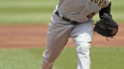 Pirates pitcher Ian Snell clarified some remarks concerning Class AAA Indianapolis catcher Erik Katz.