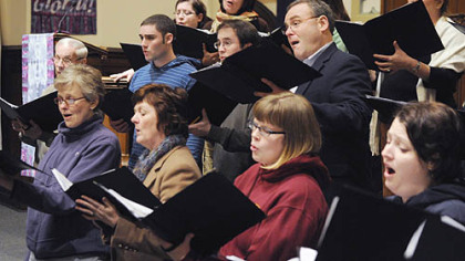 Among the two dozen members of the Pittsburgh Camerata: front row, from left, Susan Barclay, Lilnda Shaw, Bethann Dilione, Joy Hess; second row, Doug Chaffey, Guy Russo, Troy Bailey, Scott Thistle; rear, Kate Clark, Gail Luley, Jane Potter Baumer amnd Barbara Crigler.