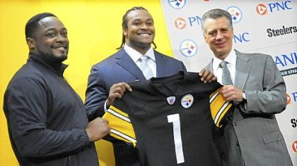 Coach Mike Tomlin and president Art Rooney II flank Missouri defensive tackle Ziggy Hood who is all smiles after being introduced as the Steelers' No. 1 pick in the first round of the NFL draft.