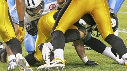 Tennessee&#039;s Algie Crumpler rolled over Troy Polamalu&#039;s left knee after a blocked field goal Thursday night. Polamalu&#039;s MCL was sprained.