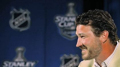 Penguins owner Mario Lemieux talks to members of the media for one of the few times this postseason.