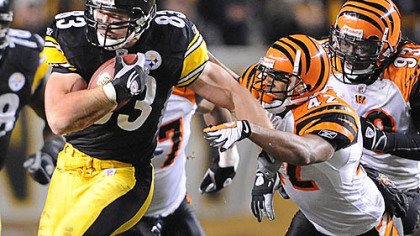 The Steelers signed tight end Heath Miller to a six-year contract extension.