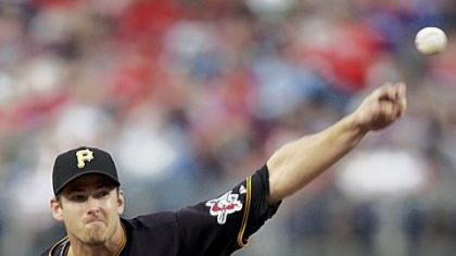 Pirates pitcher Zach Duke throws against the Phillies during the second inning of last night&#039;s game at Citizens Bank Park.