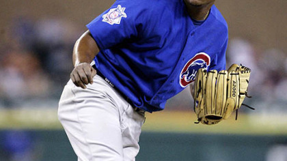 The Cubs sent right-handers Kevin Hart and Jose Ascanio and minor league infielder Josh Harrison to the Pirates.