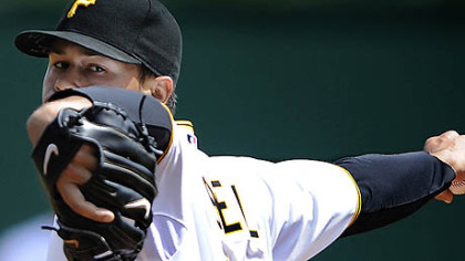 Pirates pitcher Ian Snell delivers against the Braves Saturday afternoon.