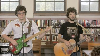 "Jemaine Clement, left, and Bret McKenzie work small-time gigs in the HBO comedy ""Flight of the Conchords."