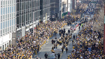 The Steelers Super Bowl parade progresses down the Boulevard of the Allies, Downtown.