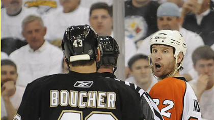 The Flyers&#039; Mike Knuble taunts Philippe Boucher Thursday at Mellon Arena. Will Philadelphia force a Game 7 in Pittsburgh?