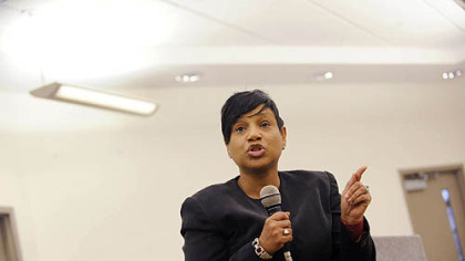 Mayoral candidate Carmen Robinson speaks at a town hall forum at the Kingsley Center in East Liberty on Tuesday.