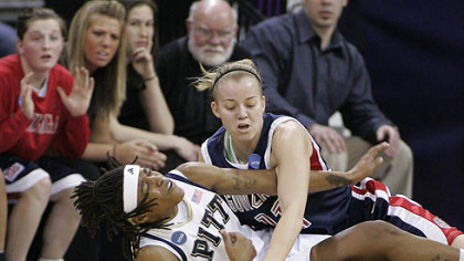 Pitt's Shavonte Zellous, left, and Gonzaga's Janelle Bekkering fight for a loose ball in the first half last night in Seattle.
