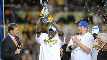 Santonio Holmes, Ben Roethlisberger, Mike Tomlin and Dan Rooney hope to hoist the Steelers&#039; seventh Lombardi Trophy in February.