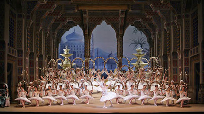 "Bolshoi Ballet put on a lavish ""Le Corsaire"" at the Kennedy Center."