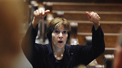 Rebecca Rollett, directs a rehearsal of the Pittsburgh Camerata.