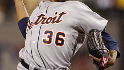 Edwin Jackson of the Tigers pitches during the fifth inning.