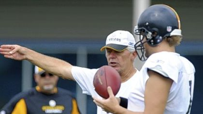 Ken Anderson and Ben Roethlisberger at work on the South Side this week.