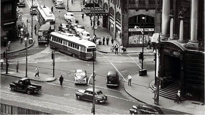 Diamond Market Street Cars and Wabash Terminal, 1951.