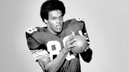 Dave Smith was a mostly nondescript Steelers receiver from 1970-72, but it only took one play for him to be remembered forever.