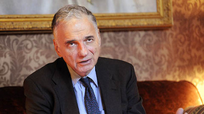 "Ralph Nader before his speech ""The Mega Corporate Destruction of Capitalism & Democracy"" at Point Park University yesterday."