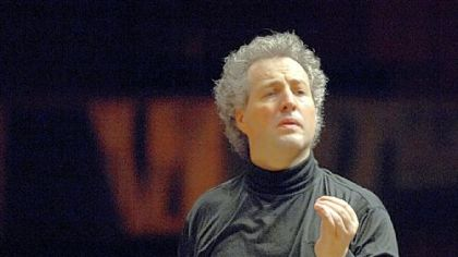 PSO music director Manfred Honeck transported audiences at Heinz Hall.